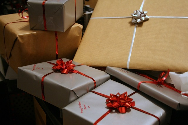 presents-1058800_640.jpg